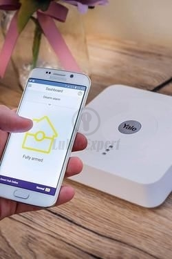 YALE DOORMAN МОДУЛЬ WI-FI И HUB ПАКЕТ